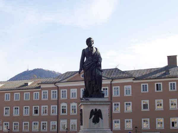 The statue of Mozart in Salzburg ©n_willsey